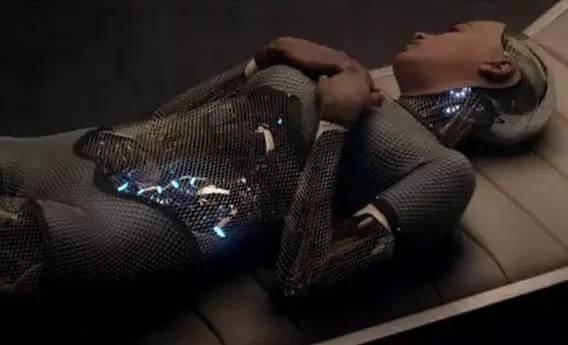 """""""性爱机器人""""正式发售!不发脾气,可滚床单"""