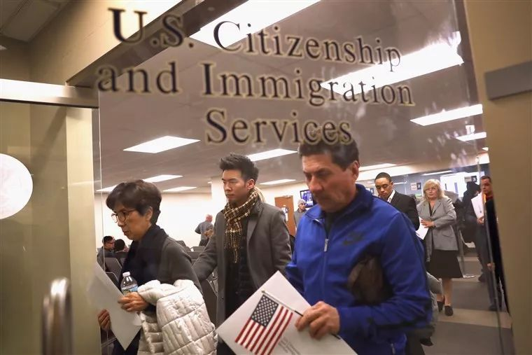 美国关闭北京、广州领事馆的移民服务,中国人移民恐难上加难
