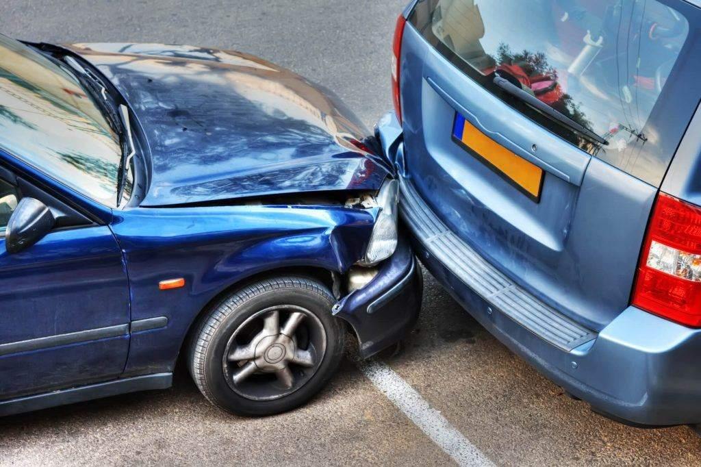 在安省的停车场发生事故会影响保险吗