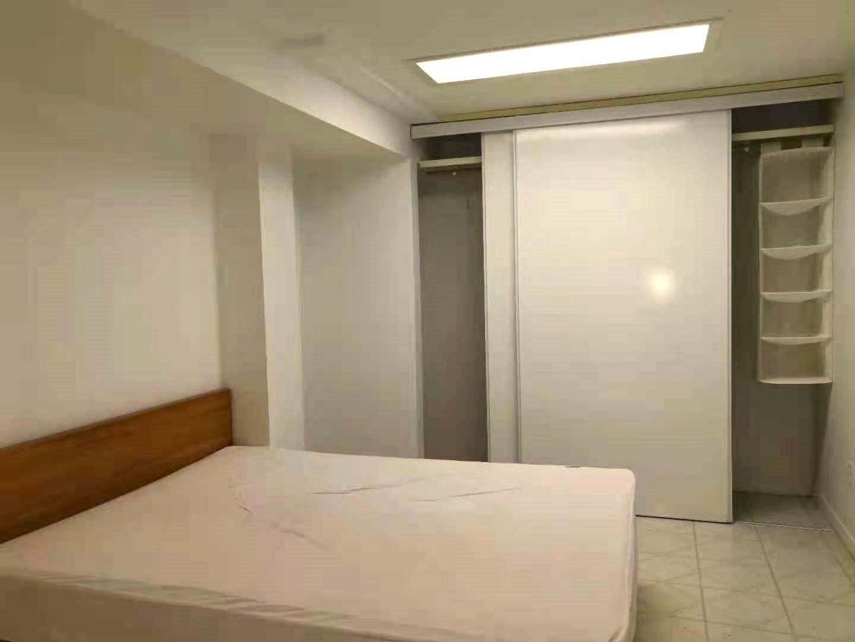 密市独立屋地下室一房两厅一车位独厨独厕